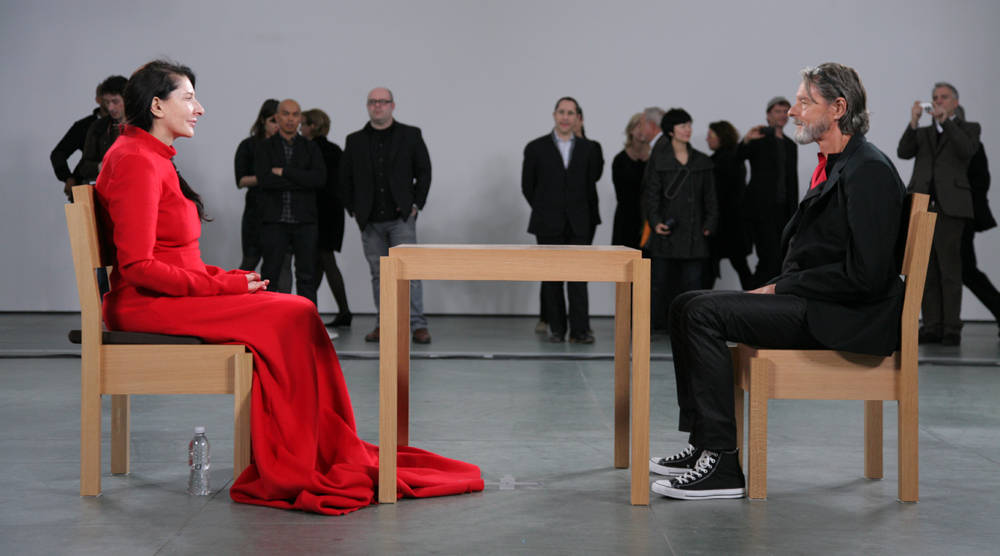 marina abramovic durante la performance the artist is present