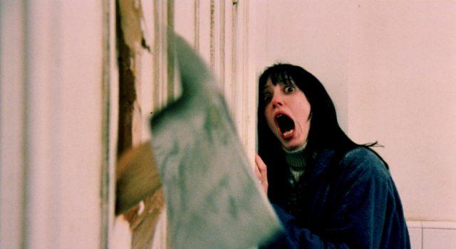 """una delle scene più famose del film """"Shining"""", di Stanley Kubrick"""