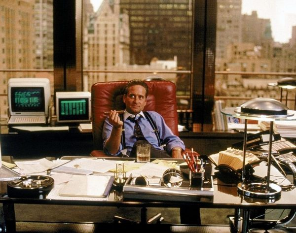 Michael Douglas interpreta Gordon Gekko in Wall Street di Oliver Stone